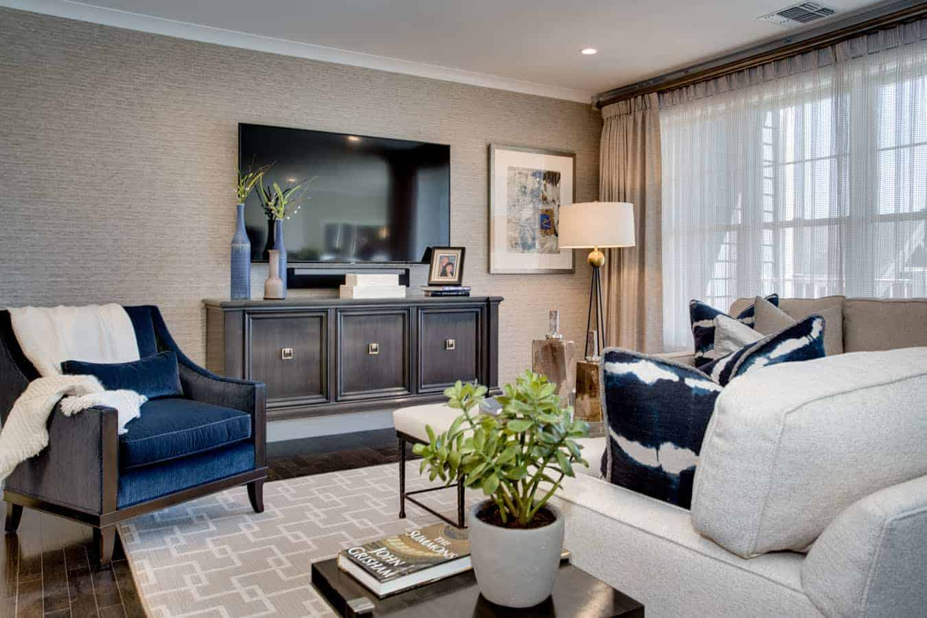 Country Pointe Plainview Living Room