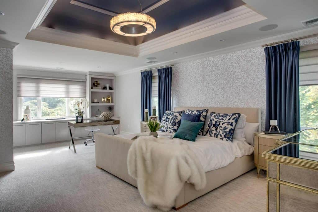 Luxury Condominiums at Country Pointe and Ritz Carlton