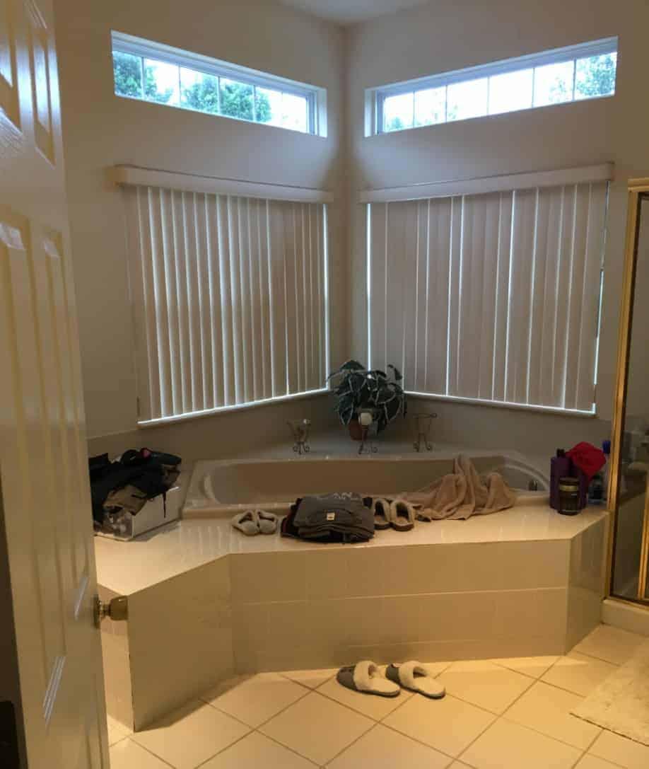 Bathroom remodeling BEFORE photo